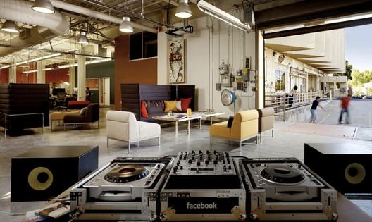 Facebook Offices in Palo Alto / O+A Studio