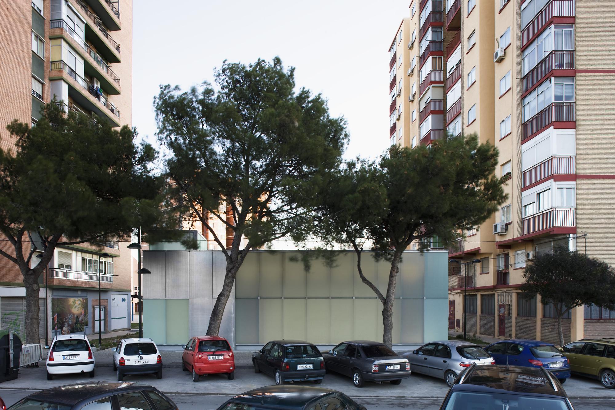 La Jota Cultural Center / Gbang