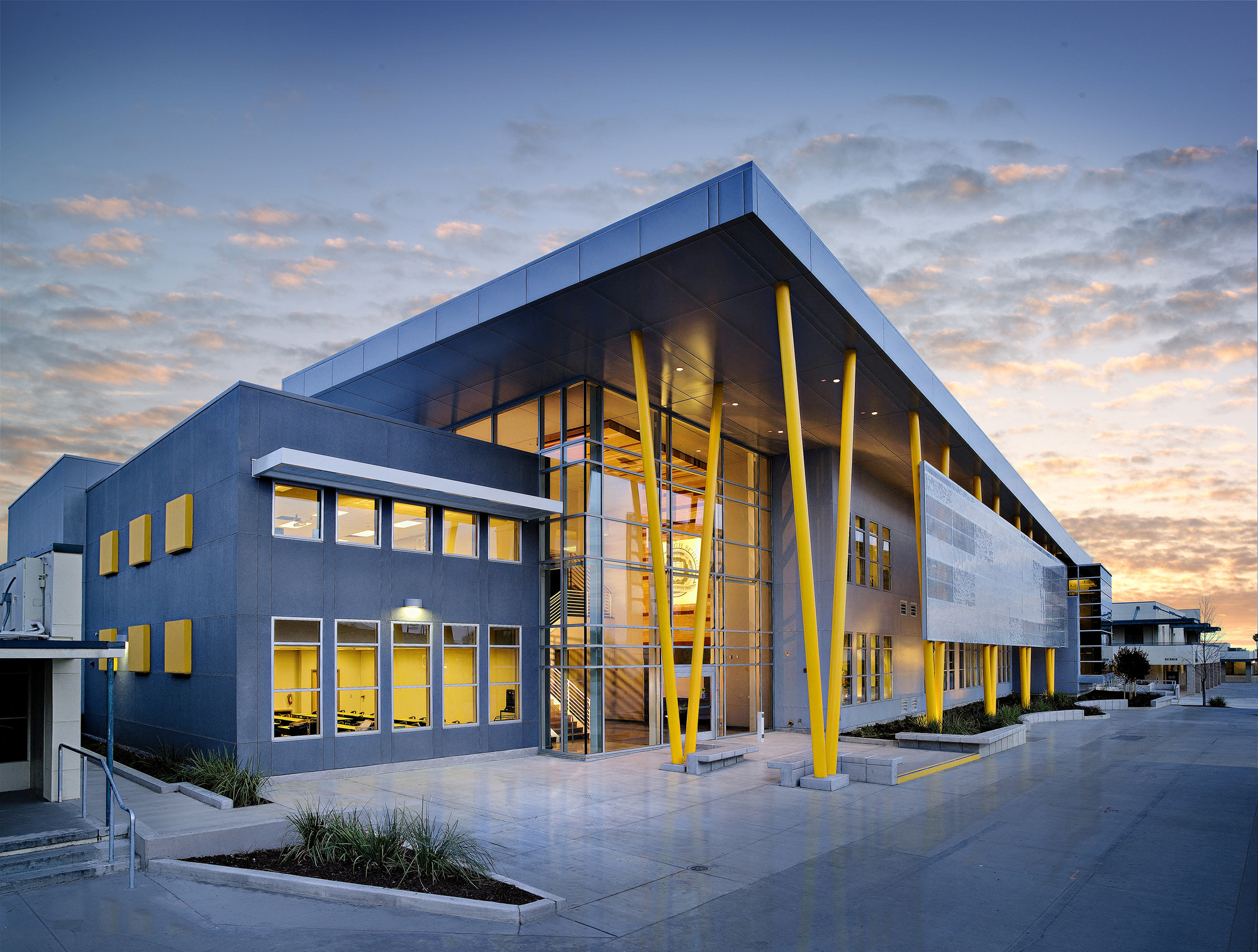 Edison high school academic building darden architects for New construction design ideas