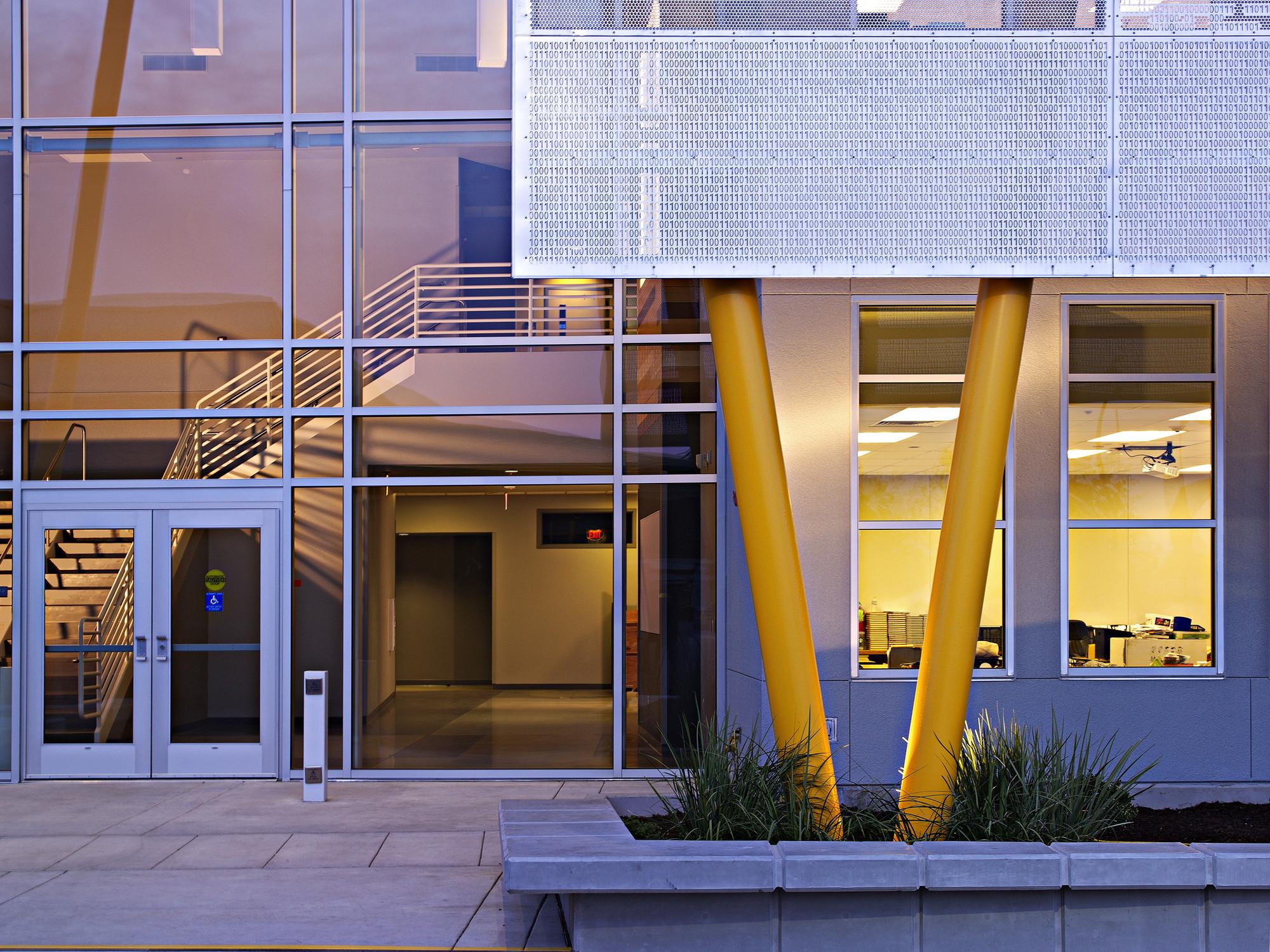 Gallery of Edison High School Academic Building / Darden ...