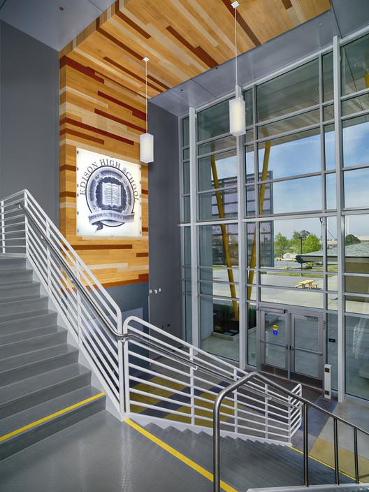 Edison High School Academic Building / Darden Architects | ArchDaily