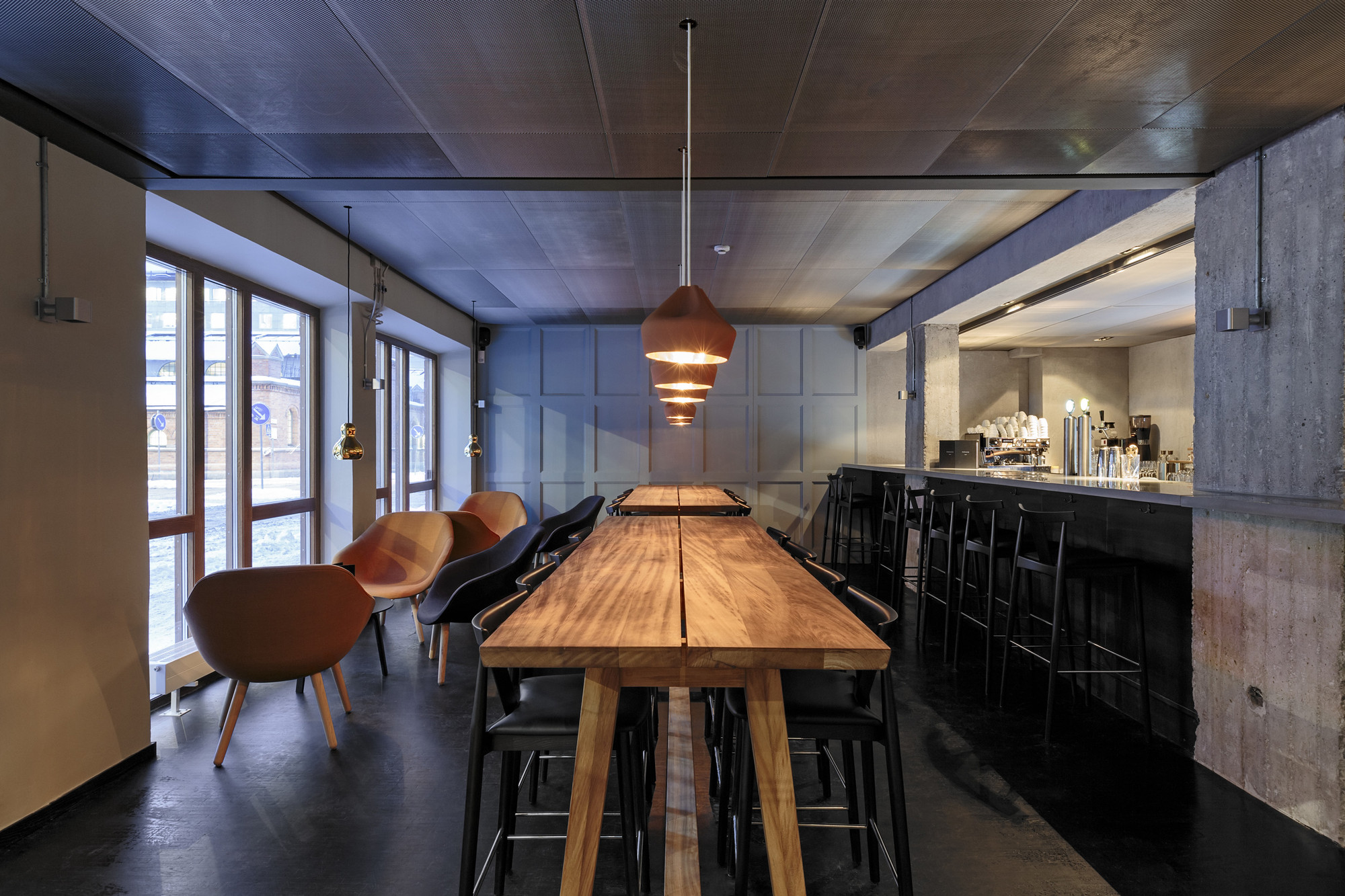 Gallery of restaurant farang futudesign 3 for Decoration interieur restaurant