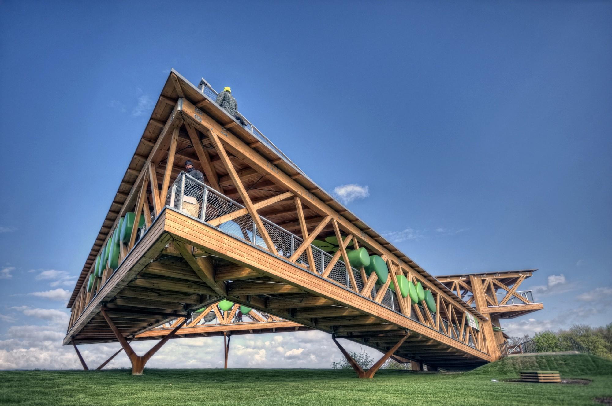 Belvedere For Koblenz / Dethier Architectures