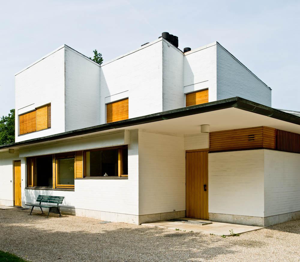 Gallery of ad classics maison louis carr alvar aalto 8 for Carre maison