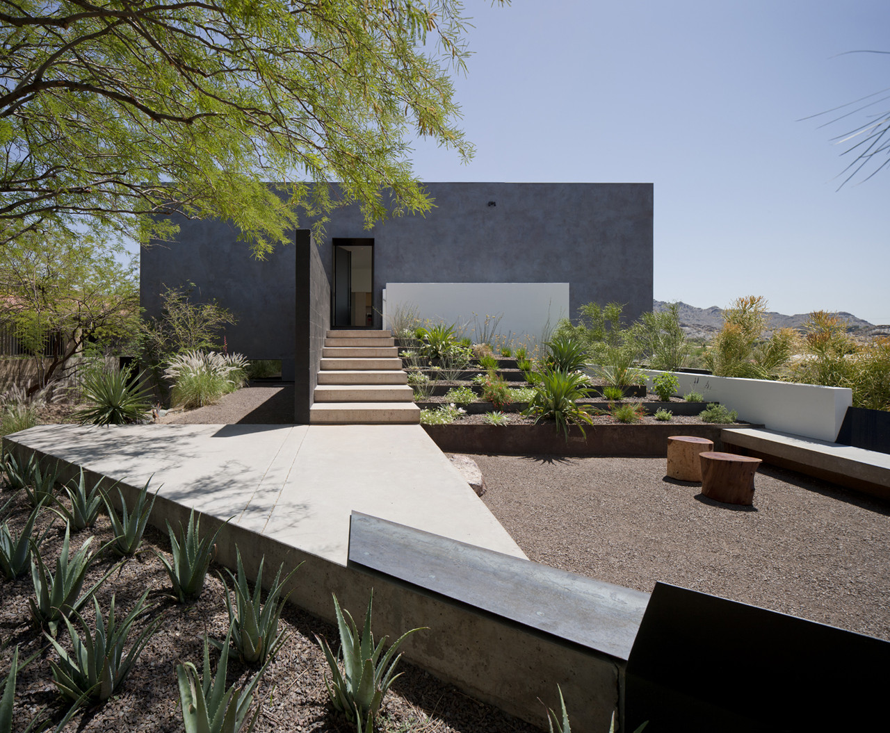 Gallery of dialogue house wendell burnette architects 5 for Architecture de jardin