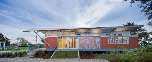 The Debate Over Making It Right in the Lower Ninth Ward, The Float House / Morphosis, Make It RIght © Iwan Baan