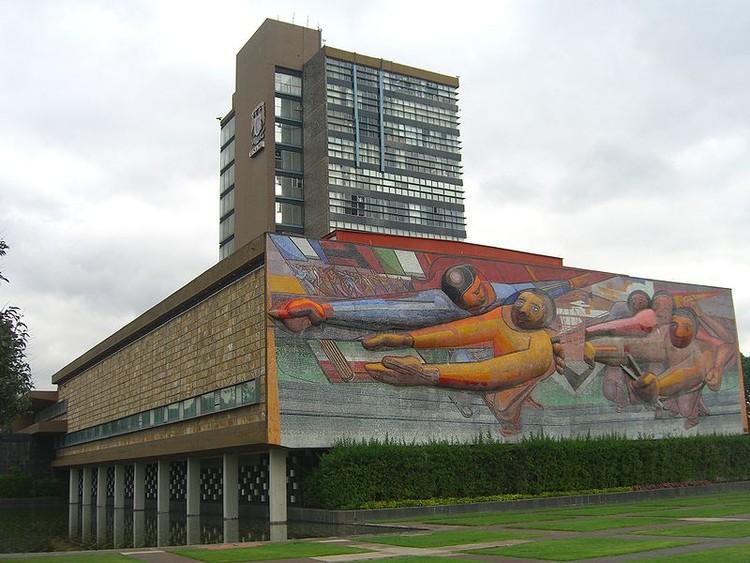 Mural de Siqueiros. Image vía Wikipedia