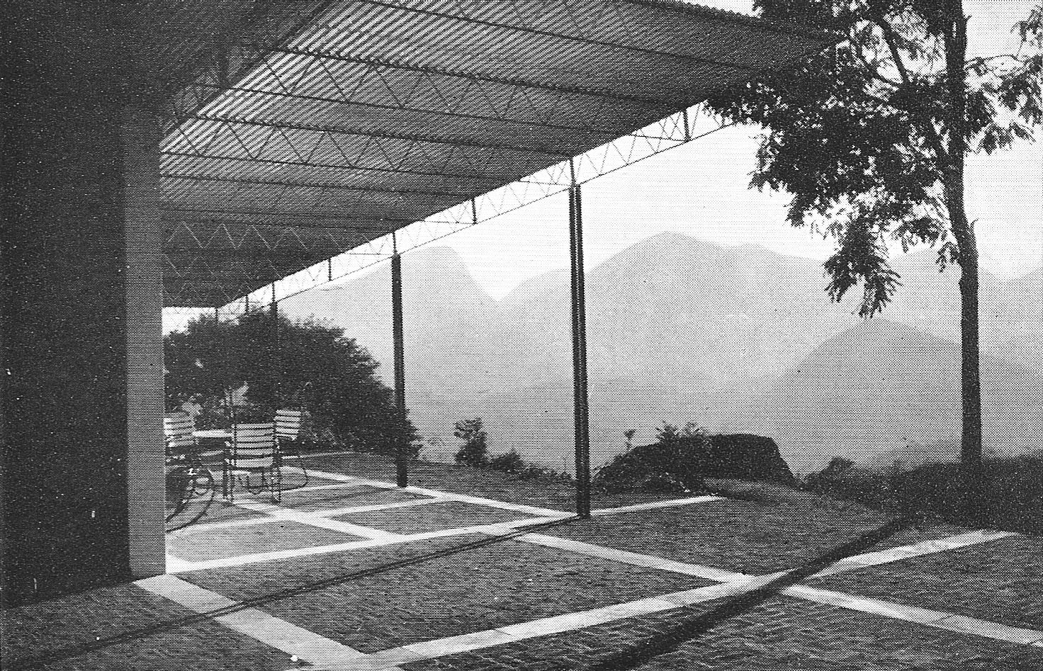 Clásicos de Arquitectura: Casa Lota de Macedo Soares / Sérgio Bernardes, © AA, n. 90