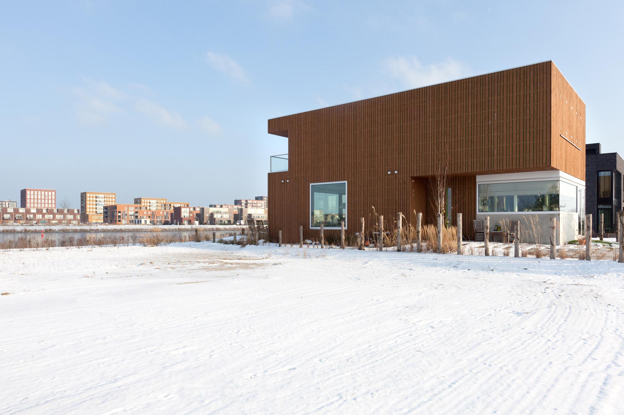 IJburg Villa  / Marc Prosman Architecten, © Milad Pallesh