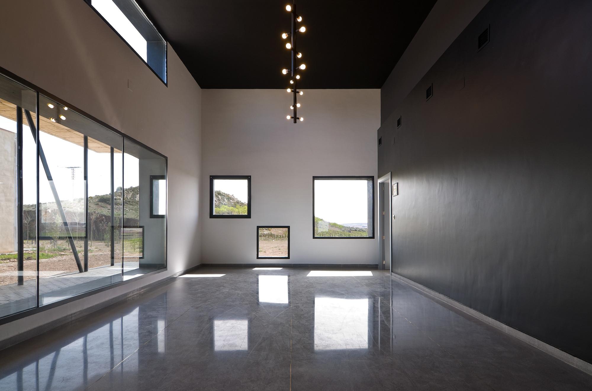 Gallery of municipal funeral home montealegre del castillo - Arquitectos albacete ...
