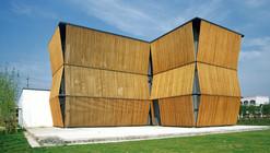 El Jardín de Pinos Verdes / Scenic Architecture