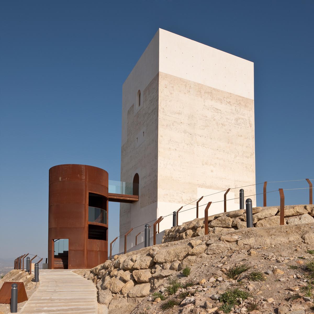 Tower Restoration in Huercal-Overa  / Castillo Miras Arquitectos, © Fernando Alda