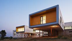 Centro para Deficientes Psíquicos de Alcolea / Taller de Arquitectura Rico+Roa