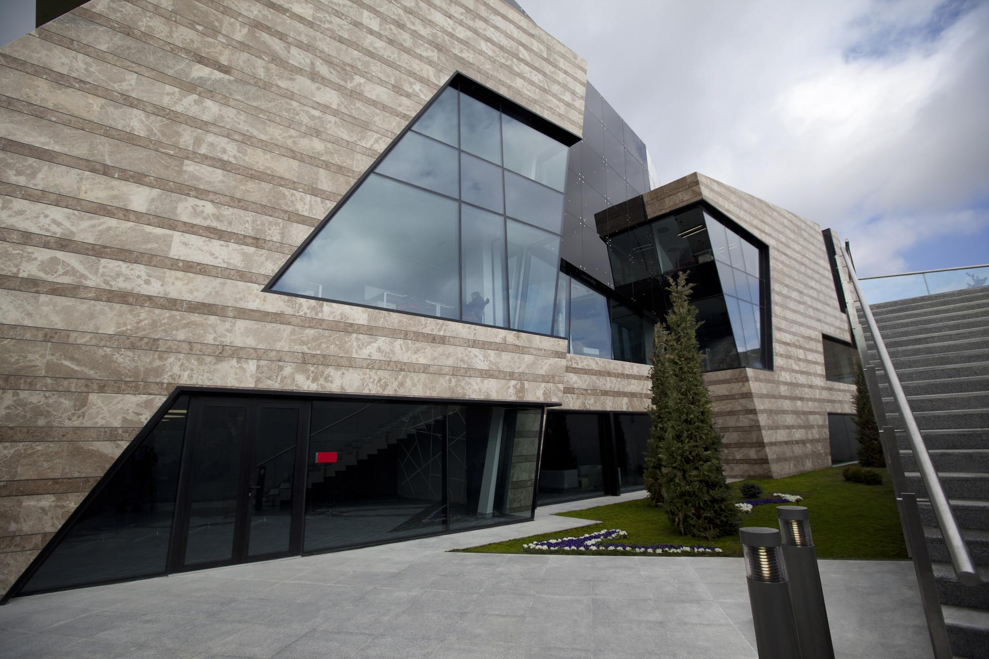 Azercosmos / Nariman Architecture