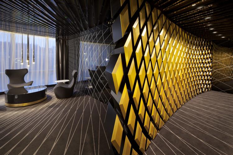 PKO Bank / Robert Majkut Design, © Szymon Polański