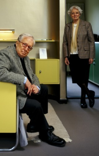 Robert Venturi and Denise Scott Brown. Image © Frank Hanswijk