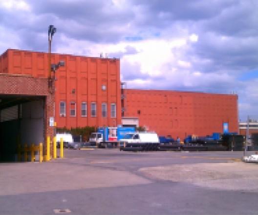 Davis & Warshow LED Retrofit | Maspeth, NY / John Lalley