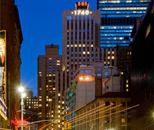 1740 Broadway | New York, NY / Ken Fais