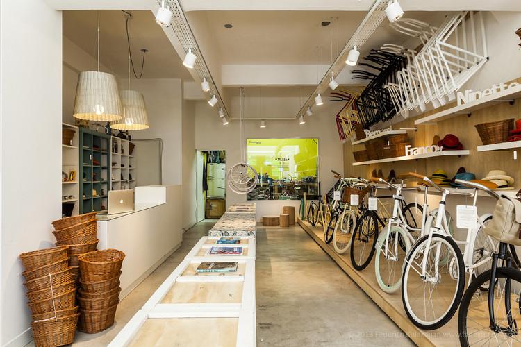 Monochrome Bikes / Nidolab, © Federico Kulekdjian