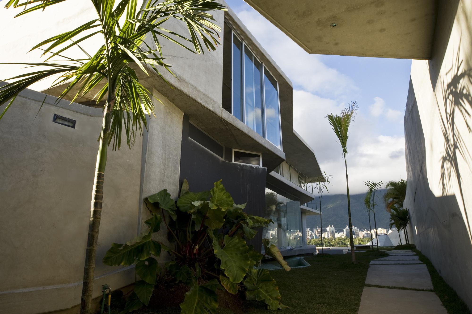 Casa MS / ODA-Oficina de Arquitectura, © Tomas Opitz