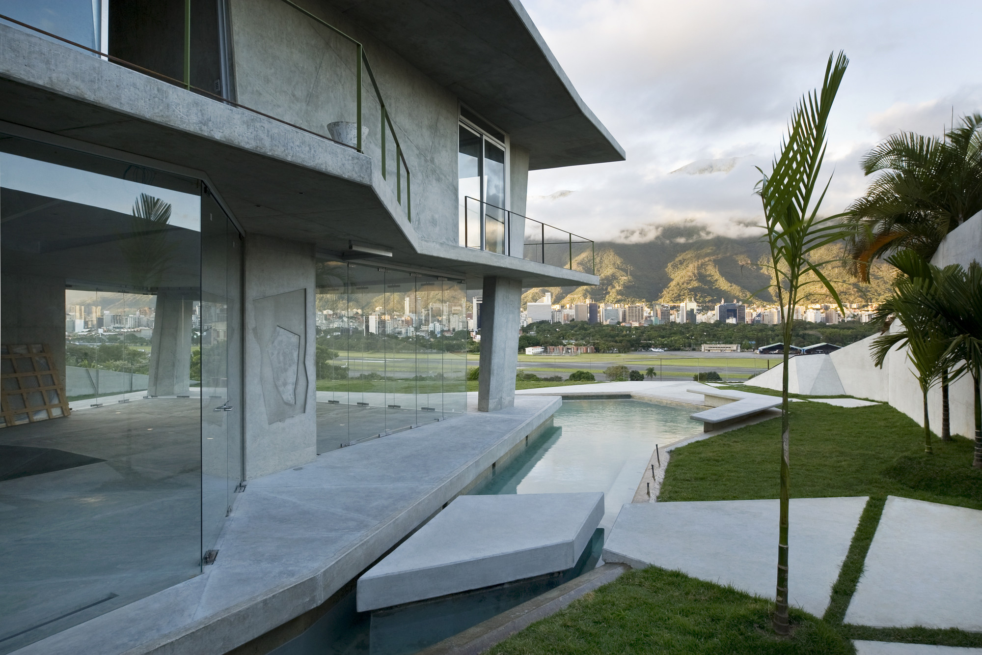 Casa ms oda oficina de arquitectura archdaily for Oficinas arquitectura