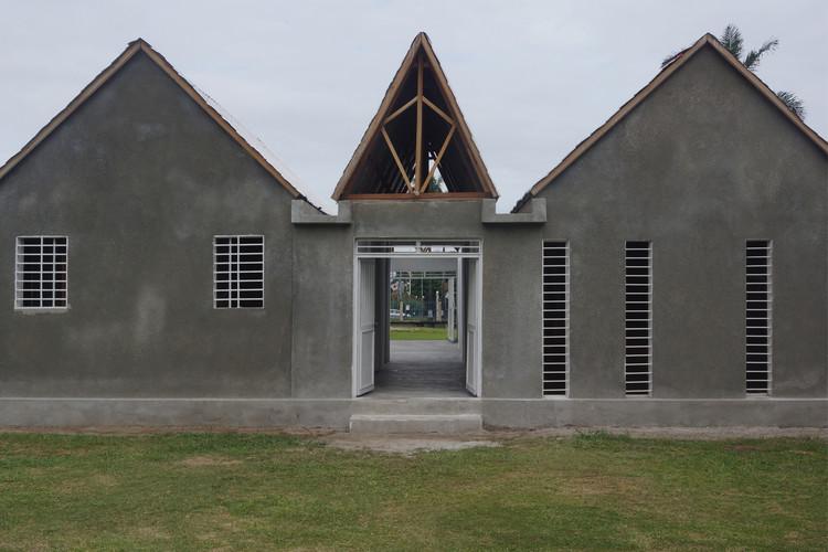 Centro Cultural Japonés en Congo /  Keio University SFC Hironori Matsubara LaboratoryCen, © Tokyo Matsubara and Architects