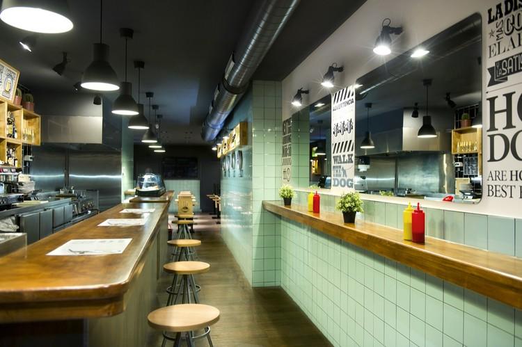 Restaurant Frankfurt Station / Egue & Seta + Denys & vn Arend, © Víctor Hugo