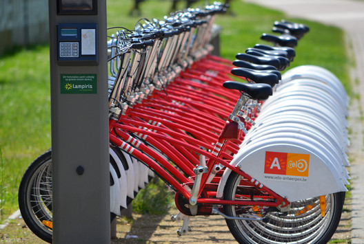 Bike-share in Antwerp; © Flickr User EnvironmentBlog; Licensed via Creative Commons