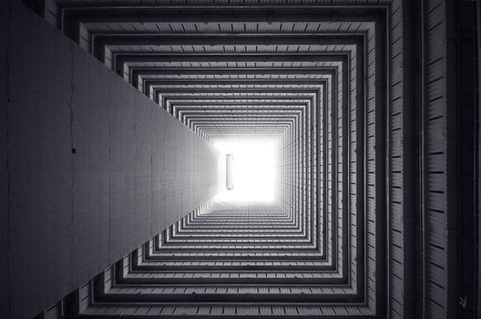 © Romain Jacquet-Lagrèze