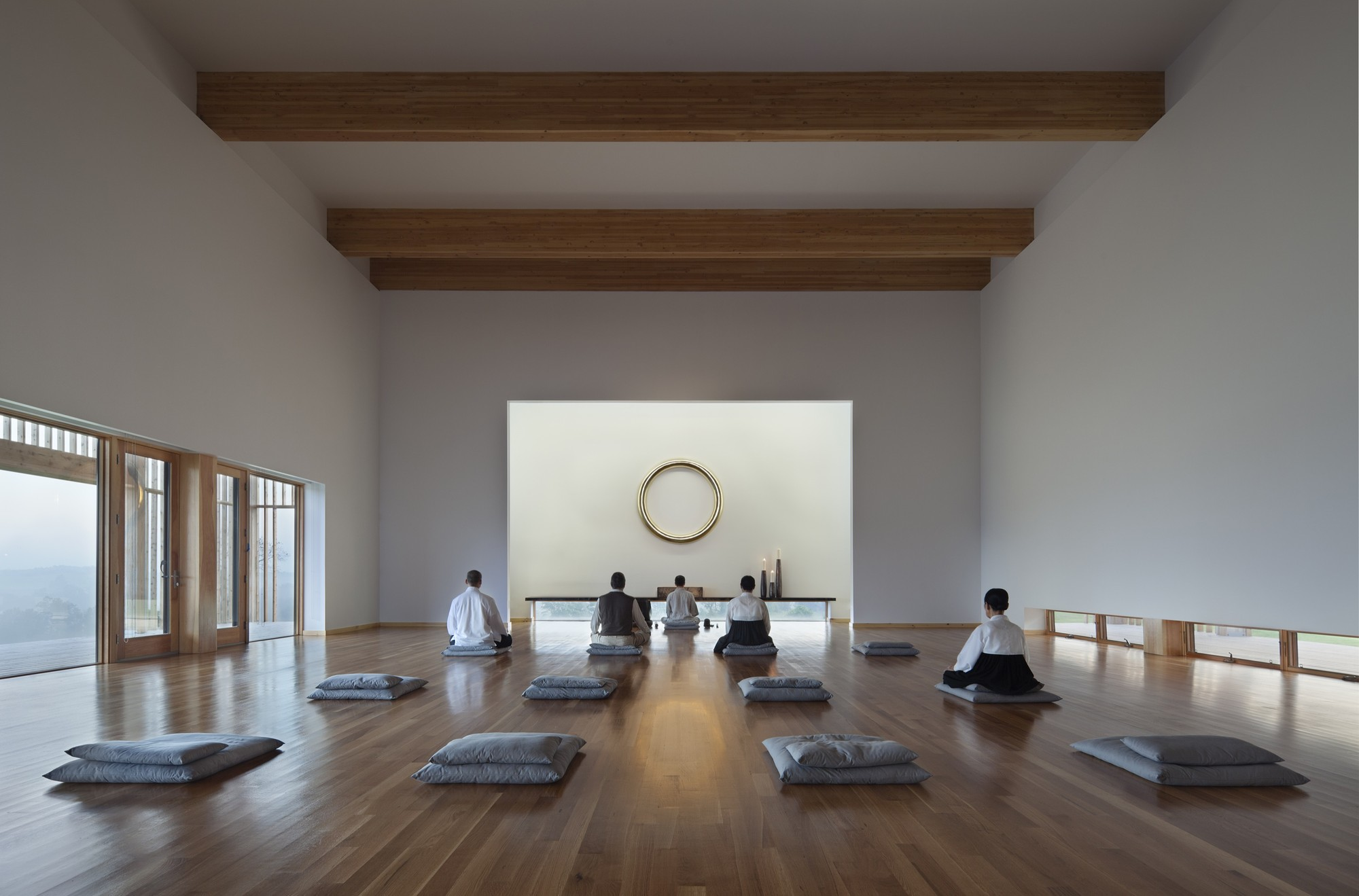 Gallery of won dharma hanrahanmeyers architects 3 for Zen meditation room