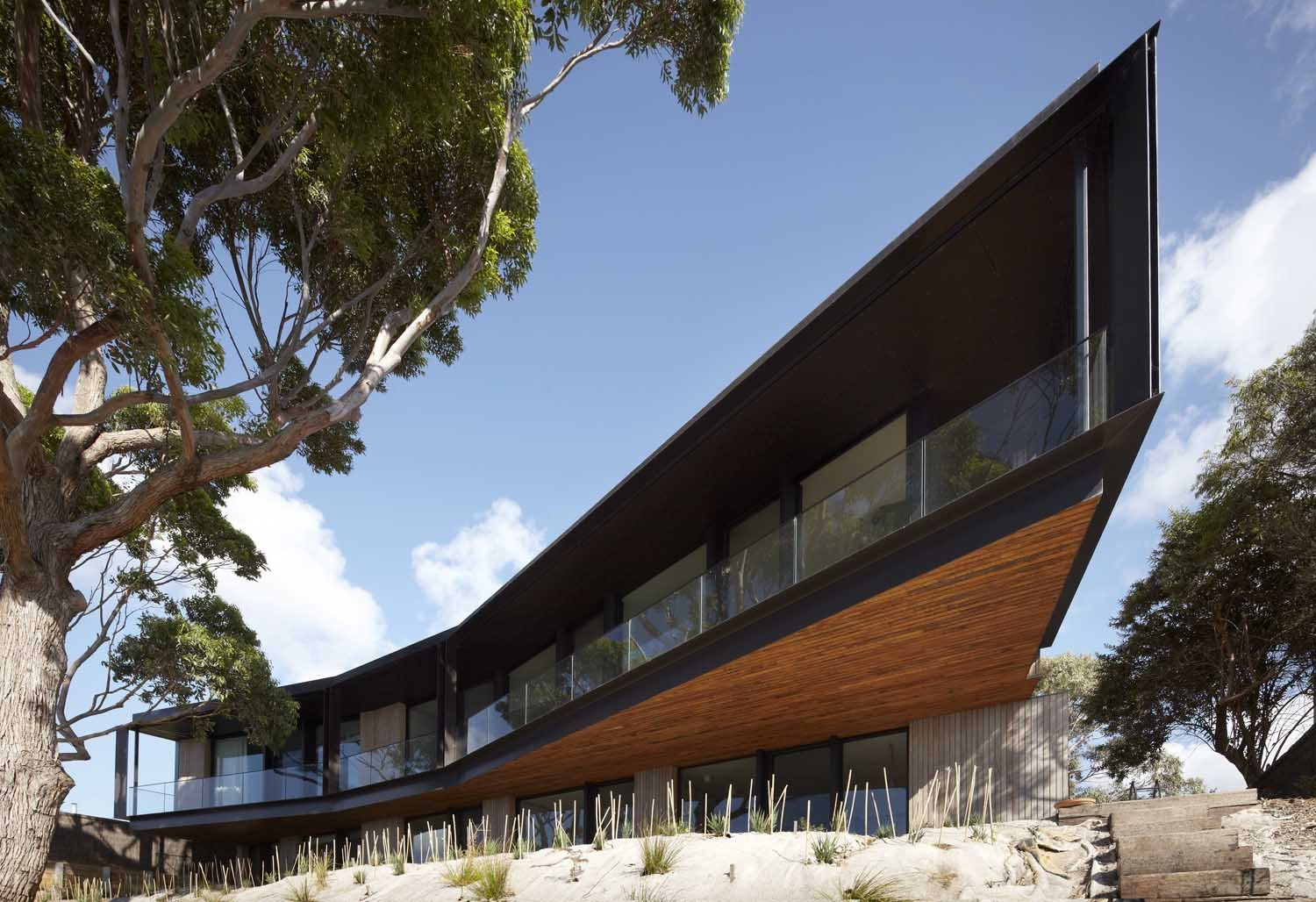 Bluff House / Inarc Architects, © Peter Clarke