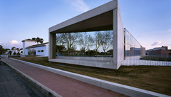 Taray Sau Office Building / MACLA Arquitectos