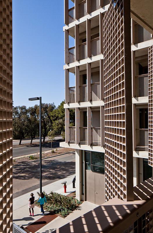 Keeling Apartments © Darren Bradley