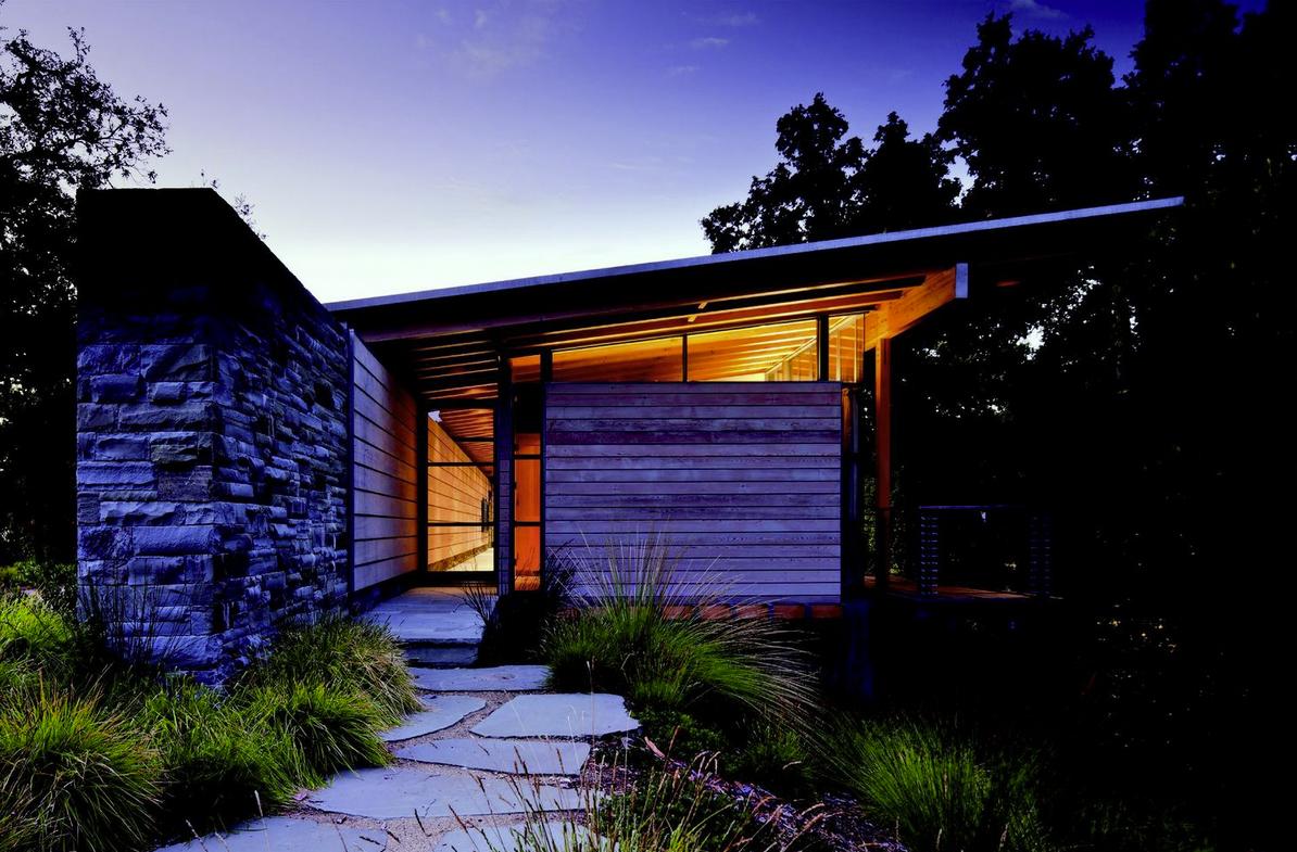 Halls Ridge Knoll Guest House; San Francisco / Bohlin Cywinski Jackson © Nic Lehoux