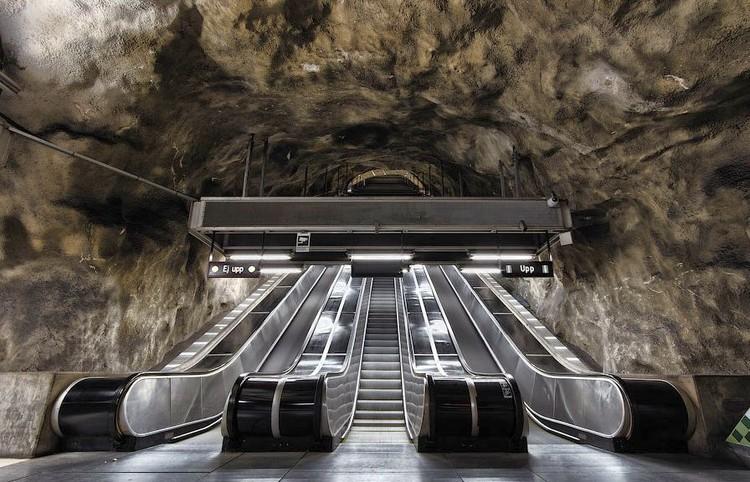 Interven es art sticas em 90 esta es do metr de - Metro de estocolmo ...