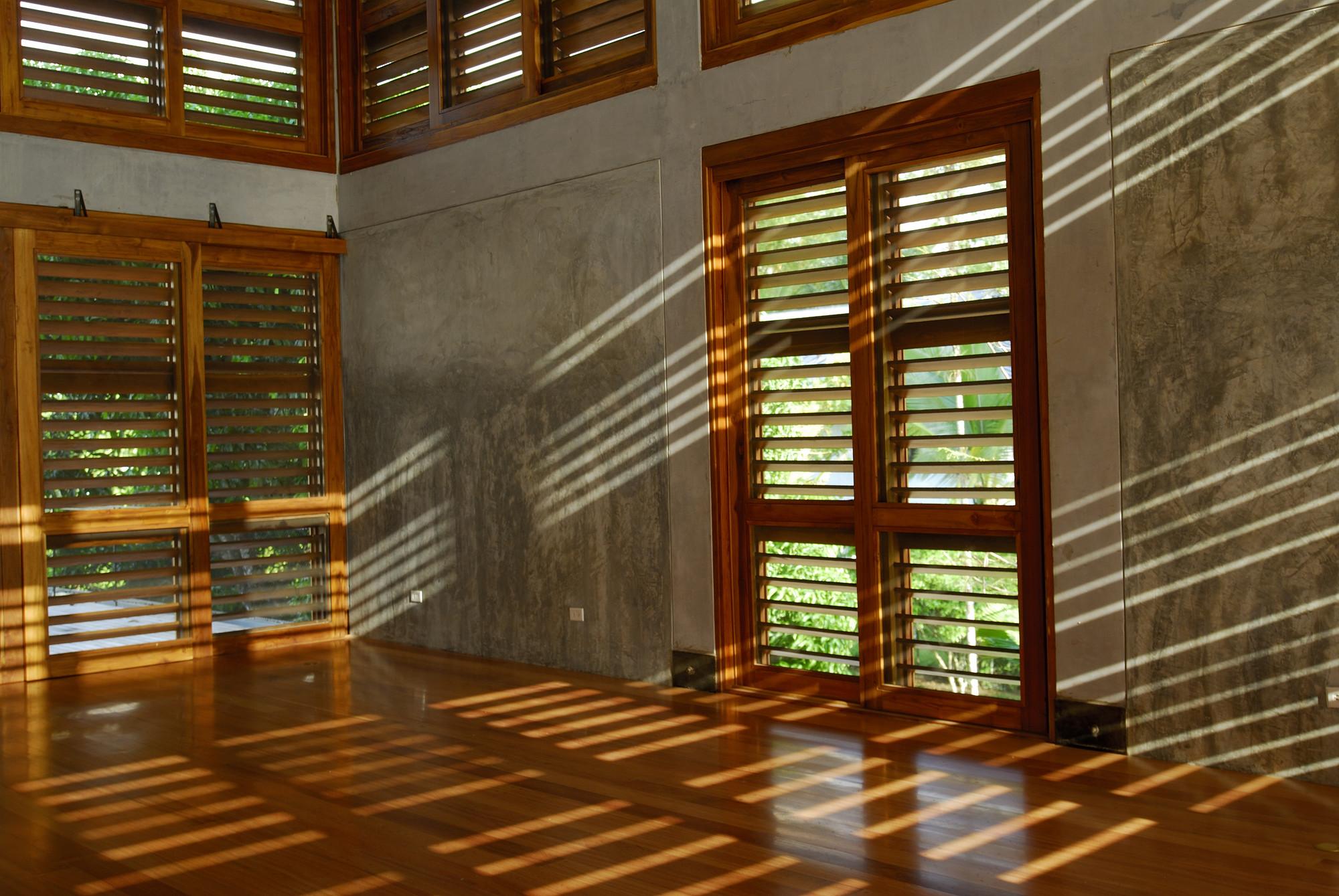 Gallery of bermingham house ensitu 19 - Persianas de madera exteriores ...