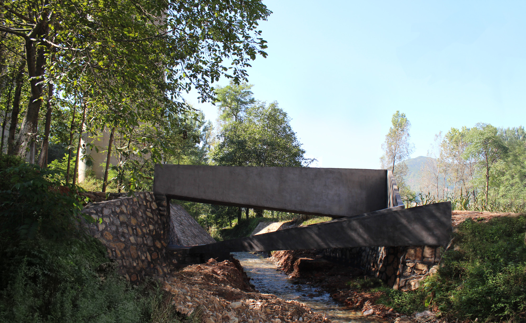Lingzidi Bridge / Rural Urban Framework, Courtesy of Rural Urban Framework