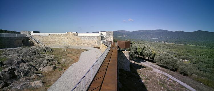 Intervención Castillo de Cala / Republica DM, © Jesús Granada