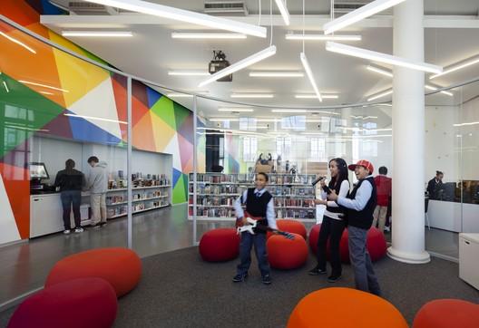 New York Public Library, Hamilton Grange Teen Center; New York City / Rice+Lipka Architects © Michael Moran