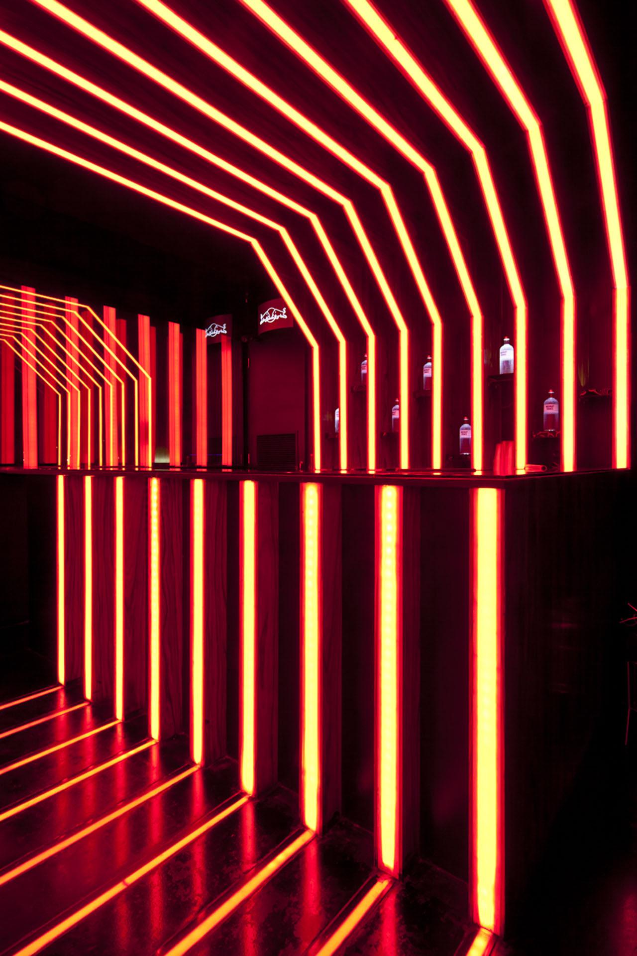 Gallery of D-Edge / Muti Randolph + Marcelo Pontes + Zemel ...