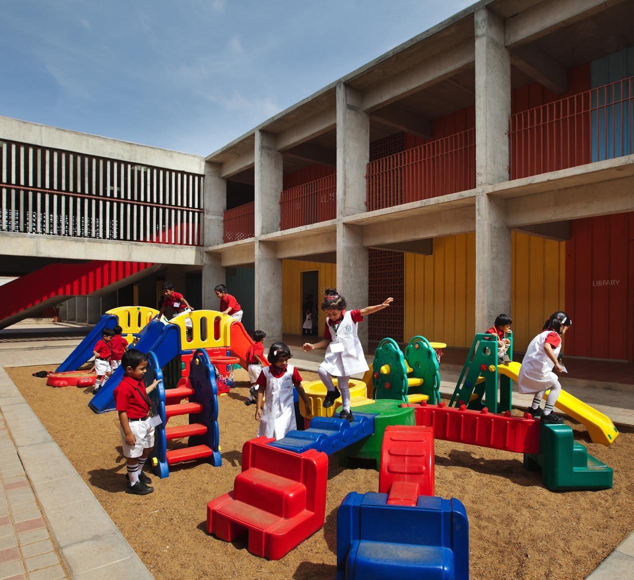 Gallery of dps kindergarden school khosla associates 16 for Kinder gardine
