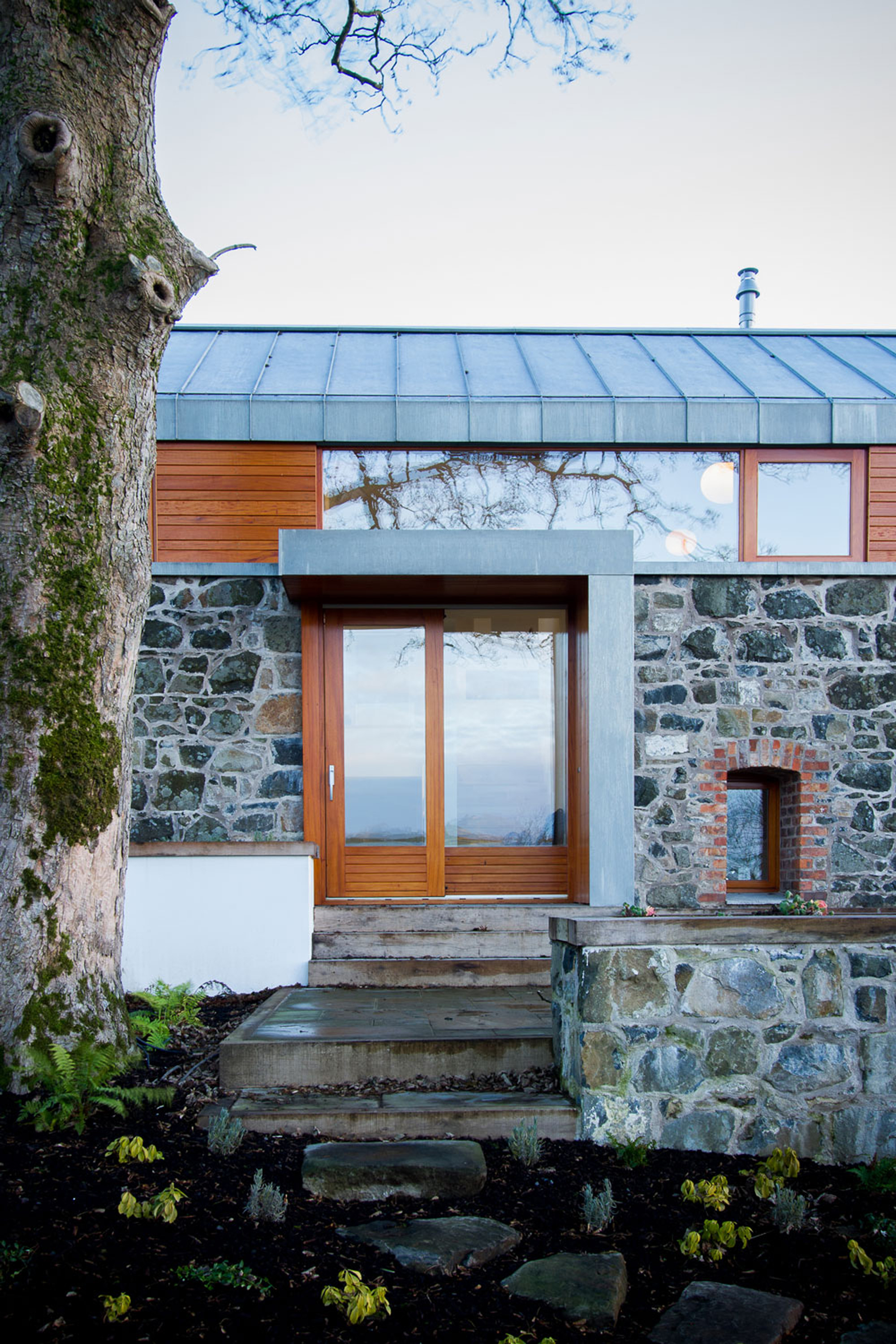Gallery of loughloughan barn mcgarry moon architects 4 for Moon architecture