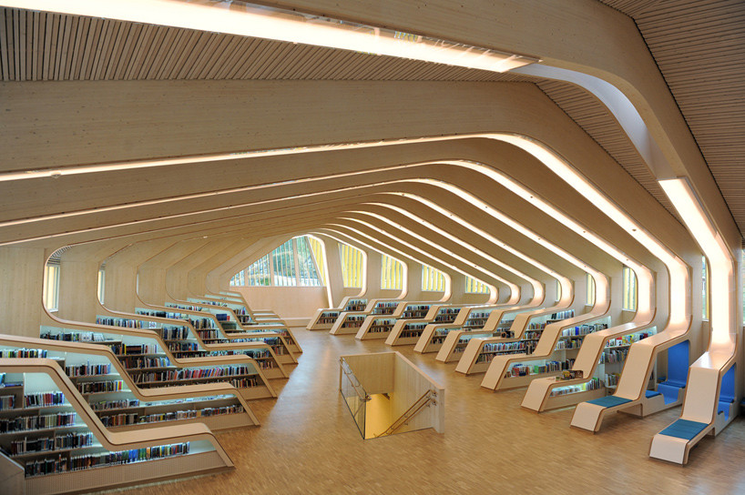 Archivo: Interiores de Bibliotecas, © Emile Ashley