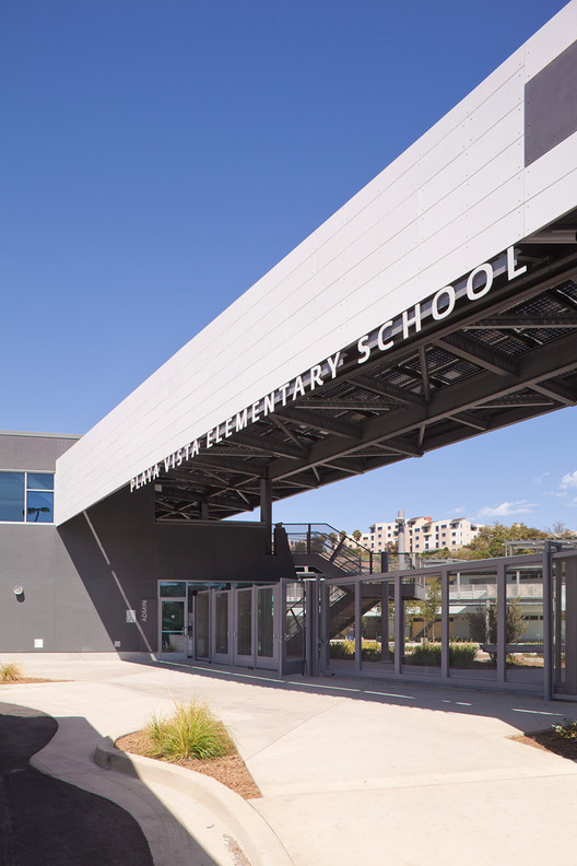 City of Los Angeles Green Building Award: Playa Vista Elementary School / Osborn Architects © Edmund Barr