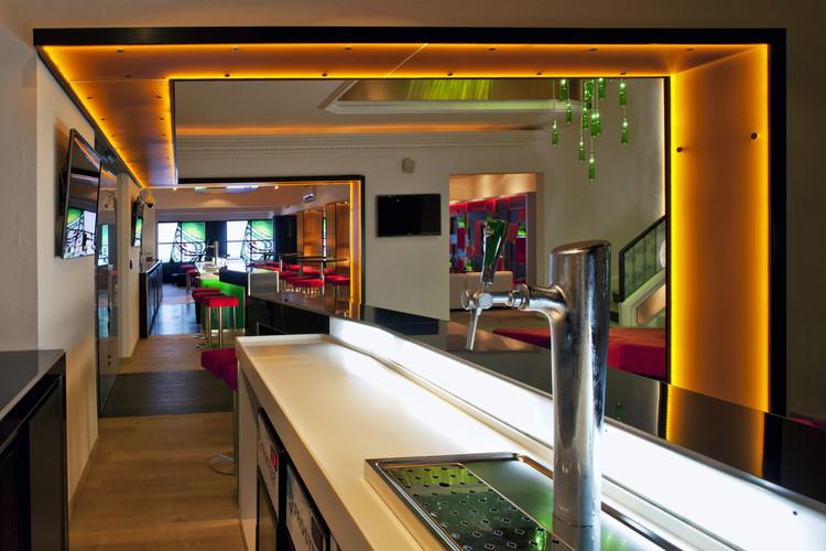 Heineken house m xico art arquitectos archdaily m xico for Plafones pared originales