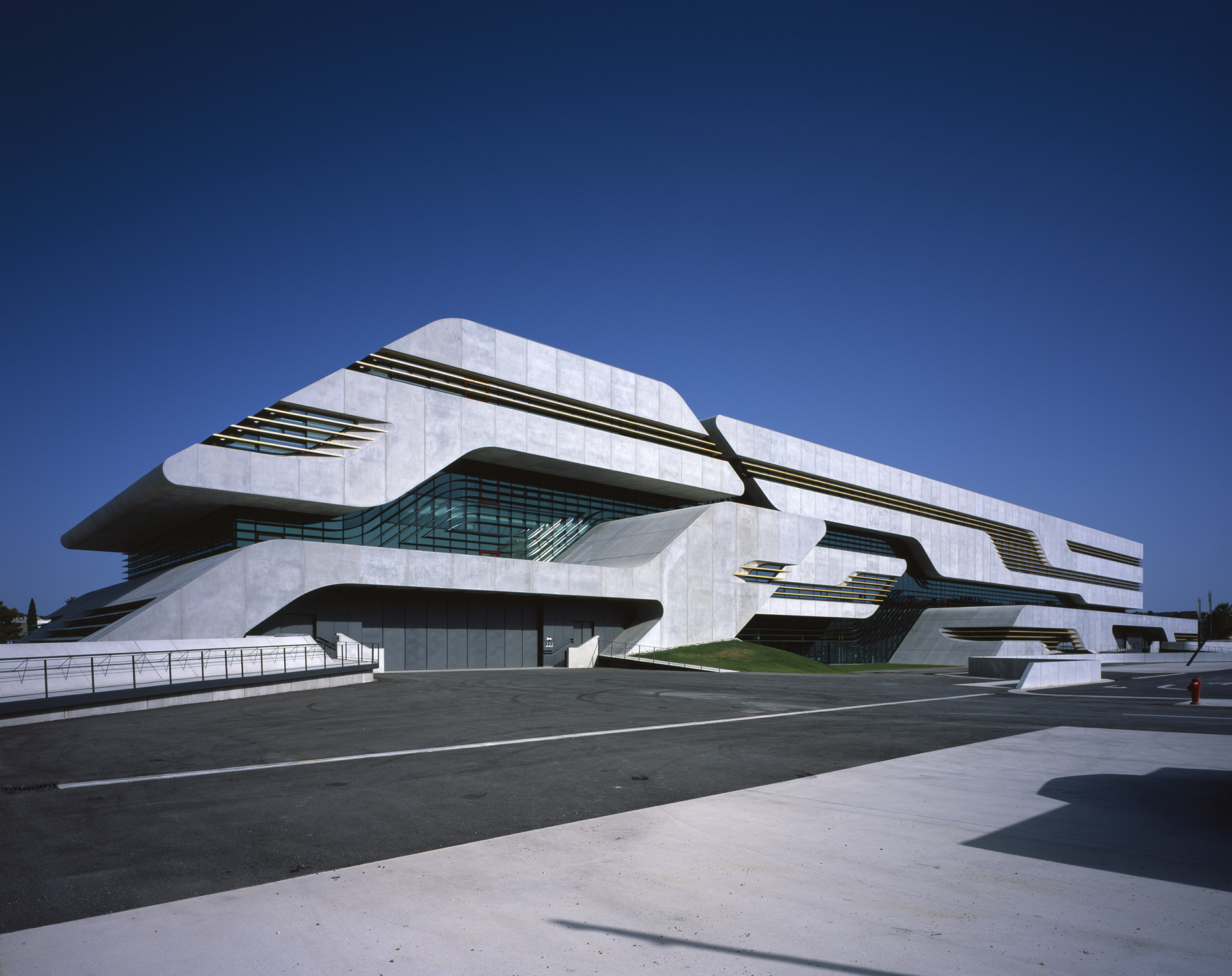 Pierresvives, Montpellier, France by Zaha Hadid Architects © Helene Binet