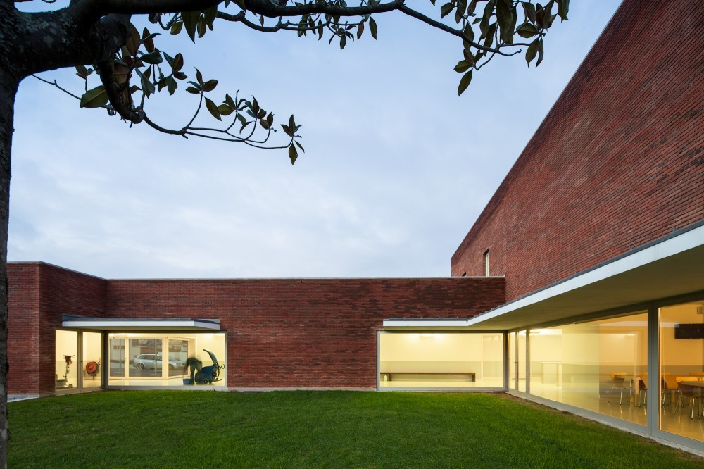 Archivo: Estaciones de Bombero, © Joao Morgado – Architecture Photography