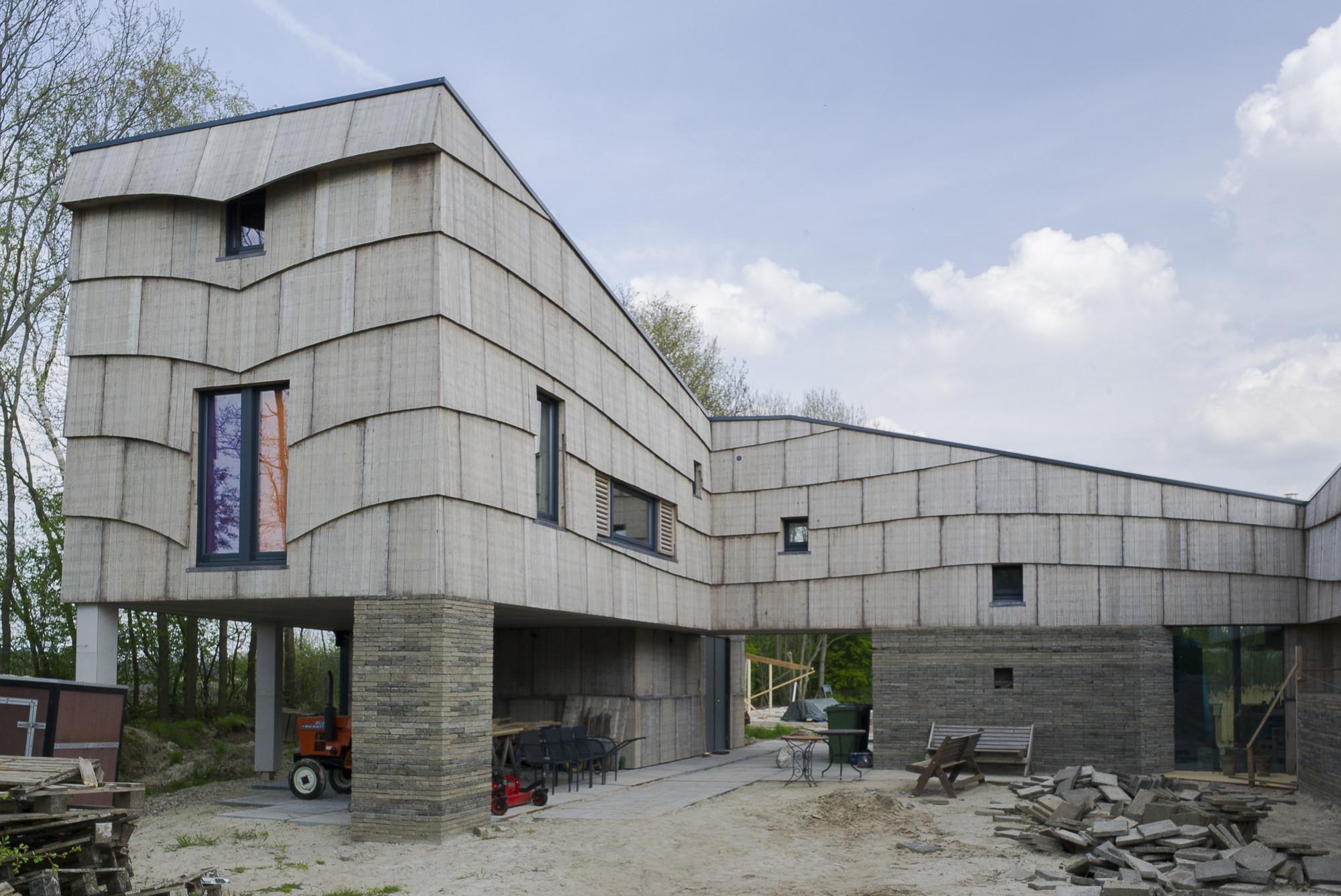 Self-Sufficient House / Pieter Brink, Courtesy of Pieter Brink