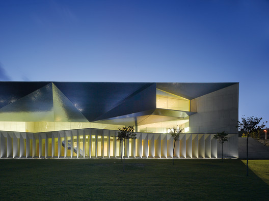 Municipal Auditorium of Teulada, Alicante, Spain by Francisco Mangado y Asociados © Roland Halbe