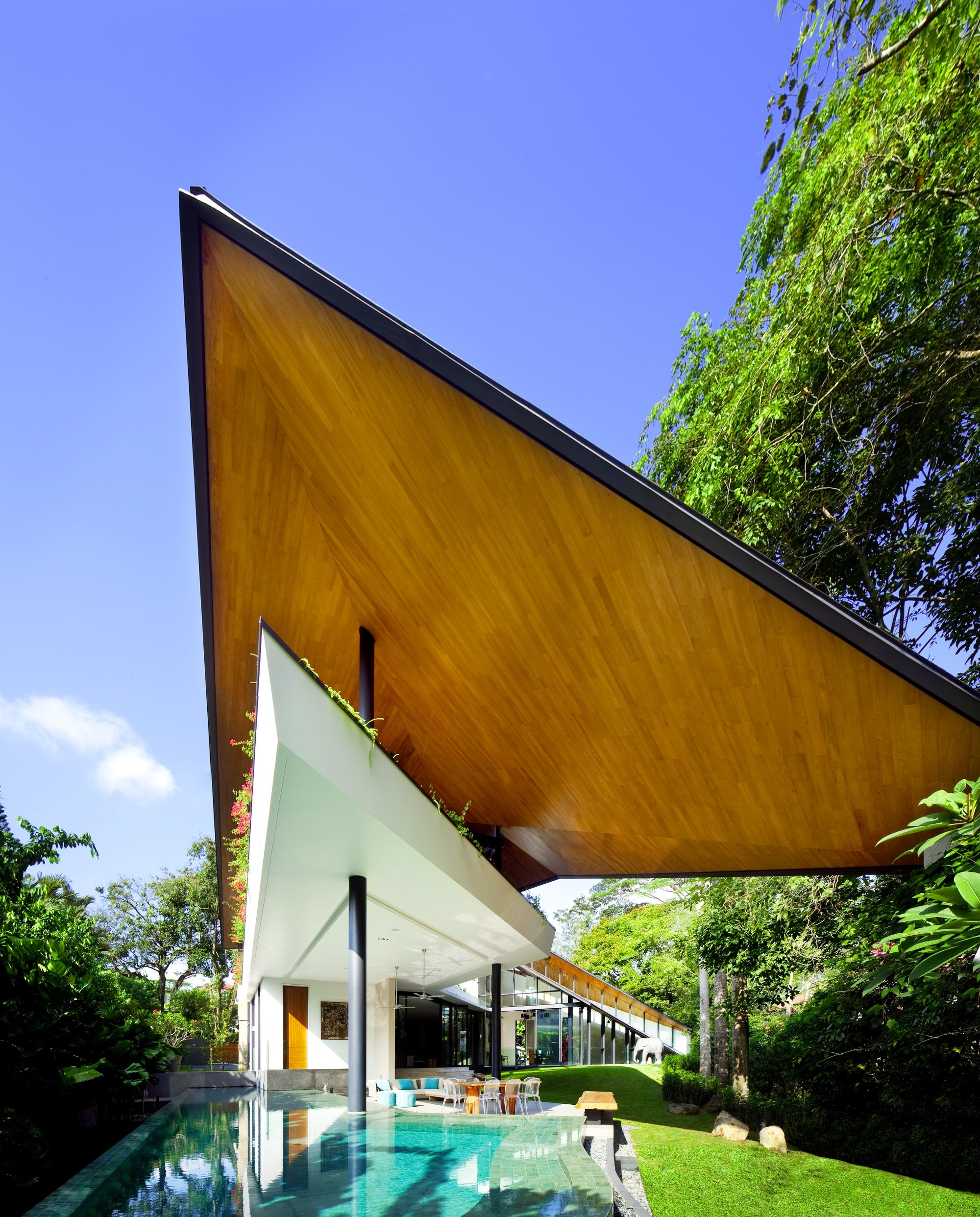 gallery of the winged house k2ld architects 1